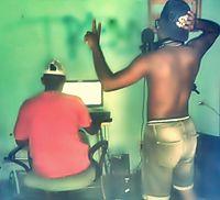 MONTAGEM MC FN INTAO É SÓ PARA DE QUATRO[DJ MAX DO TREM BALA & DJ WARLLEY].mp3